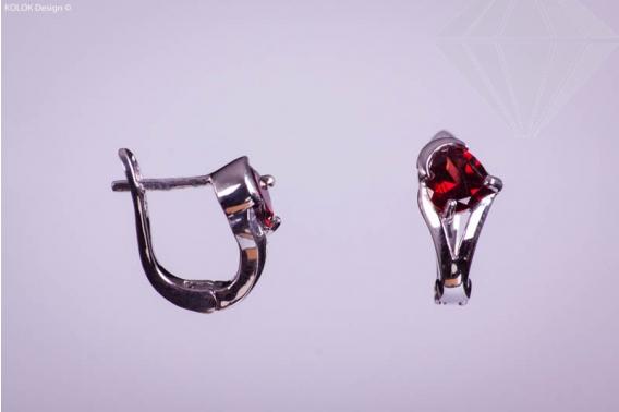 kolok.ro-Cercei din argint cu granat în formă de inimioara-KDI190-30