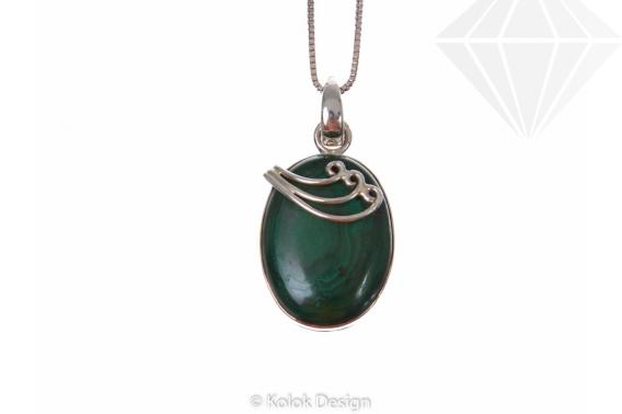 kolok.ro-Pandant oval din argint 925 cu o piatră de malachit-KDP185-30