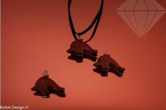 kolok.ro-Pandantiv din goldstone maro în formă de delfin-KD15931-30