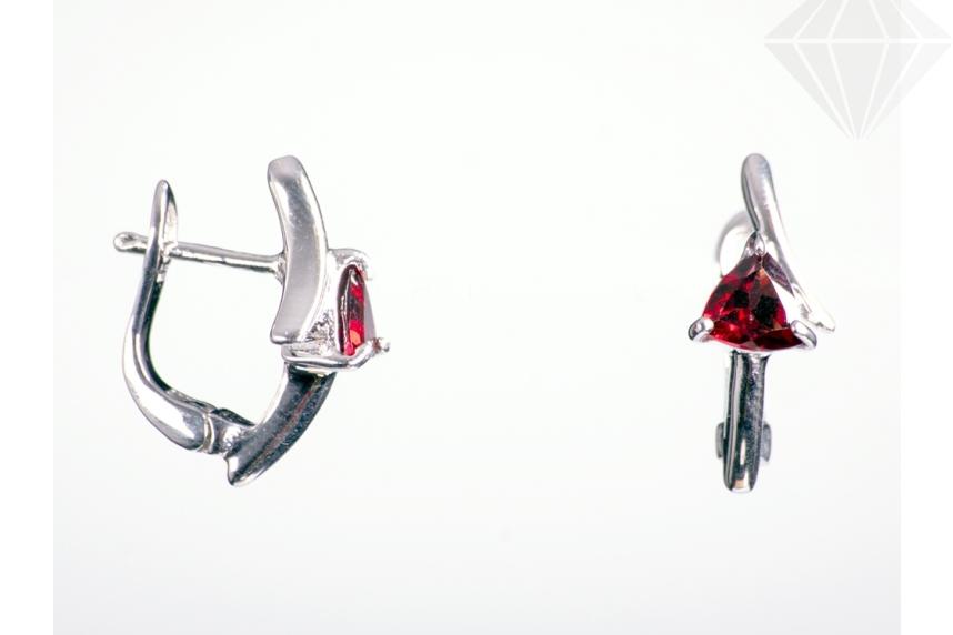 kolok.ro-Cercei din argint cu granat triunghiular-KDI180-30