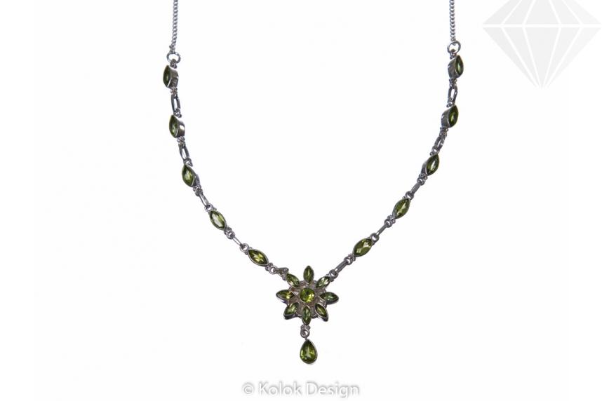 kolok.ro-Colier argint 925 cu pandantiv floare cu pietre de peridot-KDP64-30