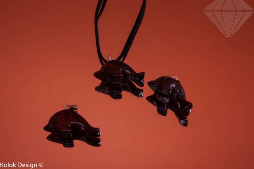 kolok.ro-Pandantiv din jasp breciat în formă de delfin-KD15932-30
