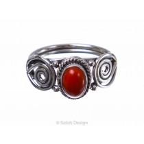 kolok.ro-Inel delicat din argint cu o piatră ovală de carneol-KONFI83-20