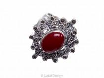 kolok.ro-Inel din argint cu o piatră ovală de agat roșu și marcasite-6-KDI542-20