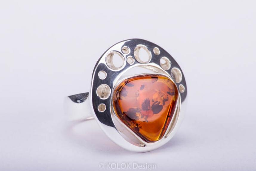 kolok.ro-Inel rotund lux din argint cu chihlimbar coniac-KDE034-00