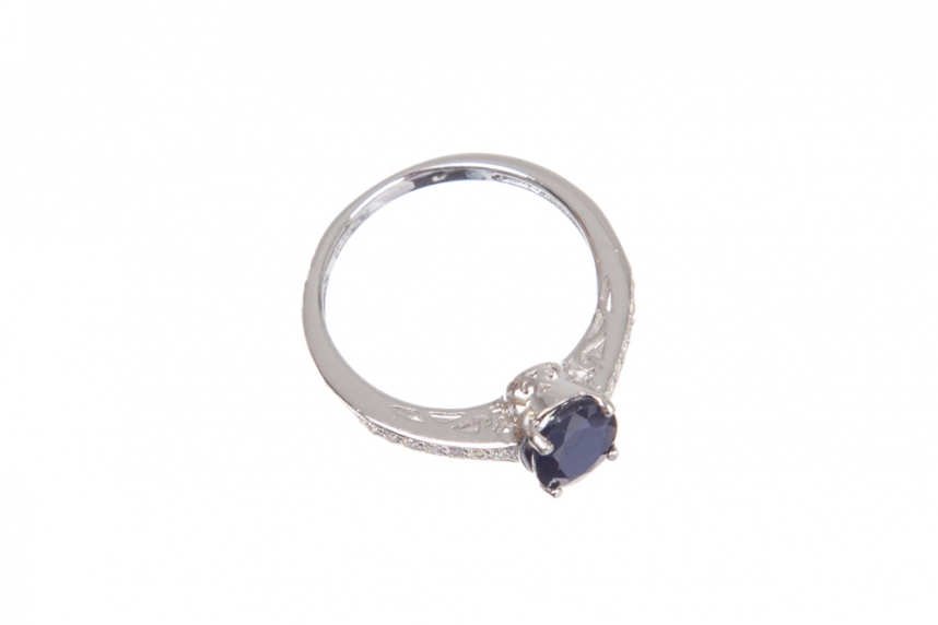 kolok.ro-Inel finuț cu safir albastru și pietre de zirconia-KONFI102-00