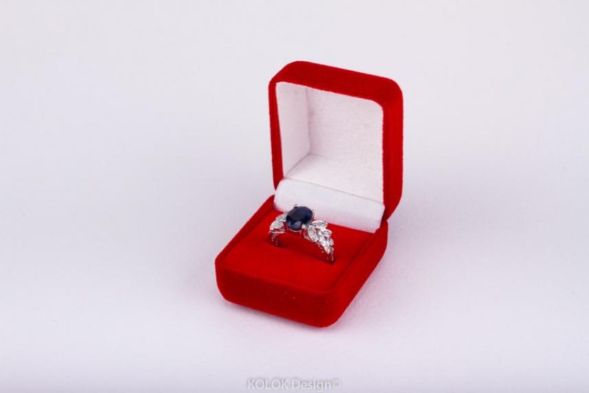 kolok.ro-Cutie pentru inel roșu din catifea-KDB23-00
