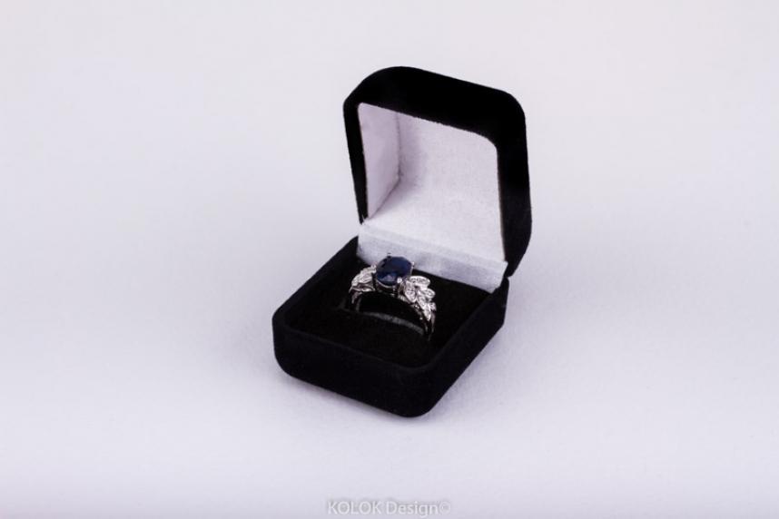 kolok.ro-Cutie pentru inel negru din catifea-KDB24-00