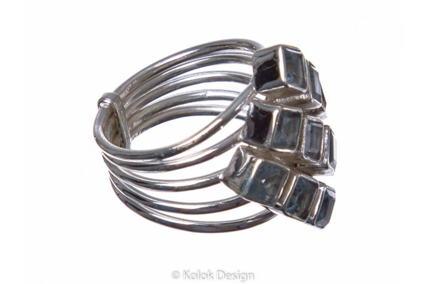 kolok.ro-Inel argint în formă de romb cu pietre de topaz albastru-KONFI77-00