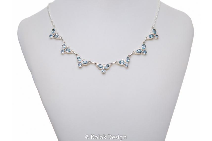 kolok.ro-Colier argint 925 model floricele cu pietre de topaz albastru-KDP57-00