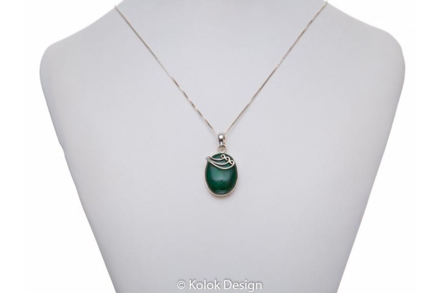 kolok.ro-Pandant oval din argint 925 cu o piatră de malachit-KDP185-00