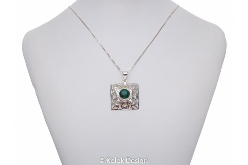 kolok.ro-Pandant pătrat din argint cu o piatră rotundă de malachit-KDP176-00